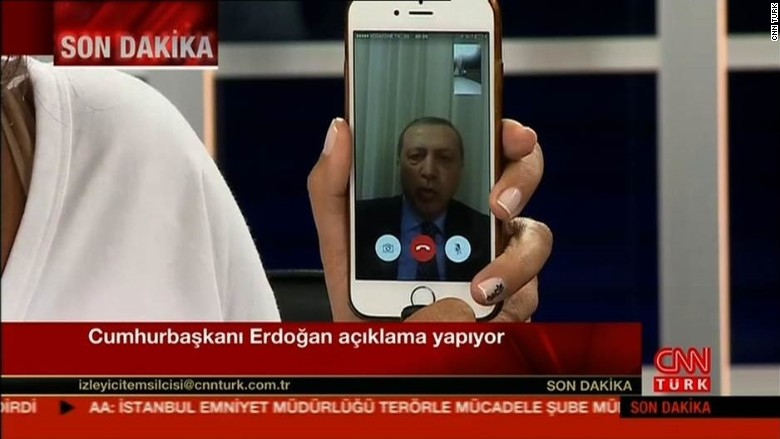 160715174425-turkish-coup-facetime-780x439